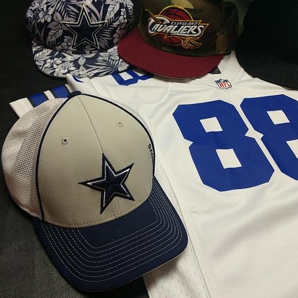 Reebok Dallas Cowboys trucker style hat 2553f7893